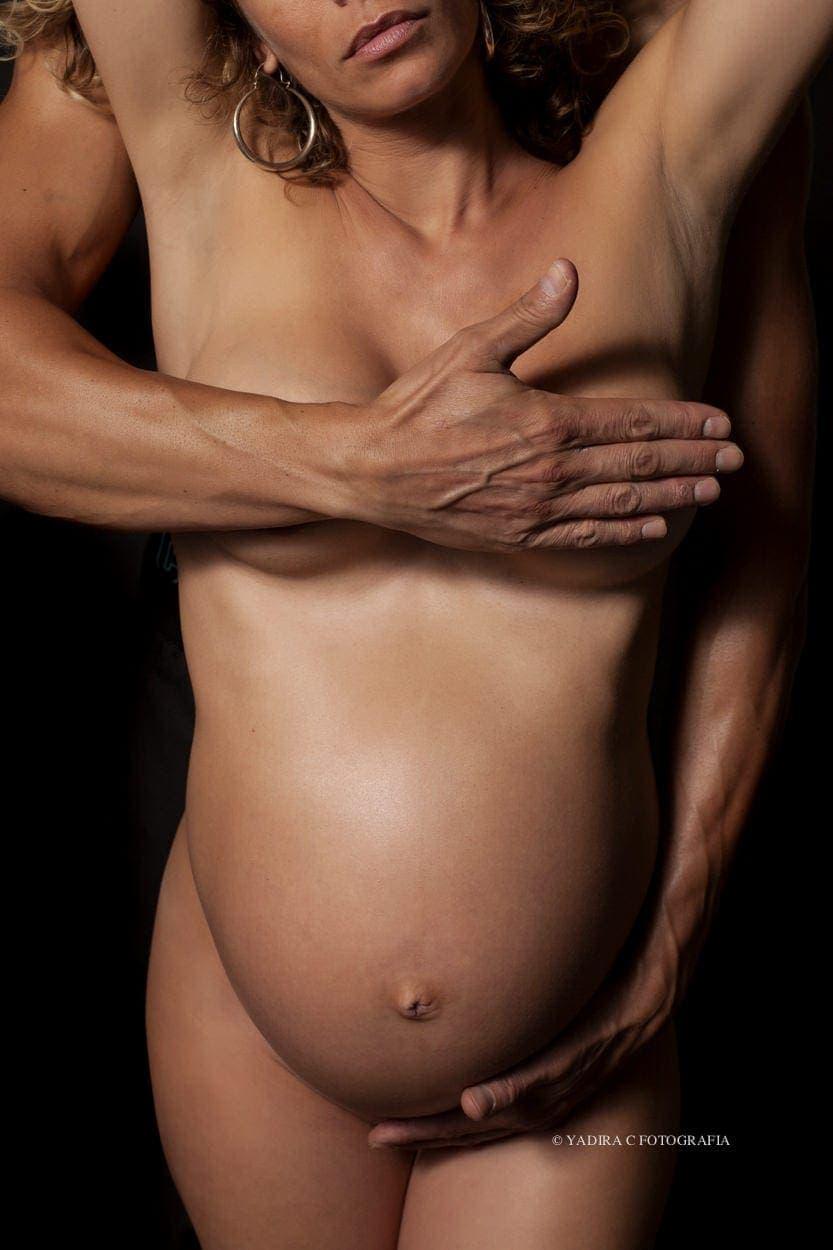 reportajes fotograficos de embarazo en estudio en torrent valencia